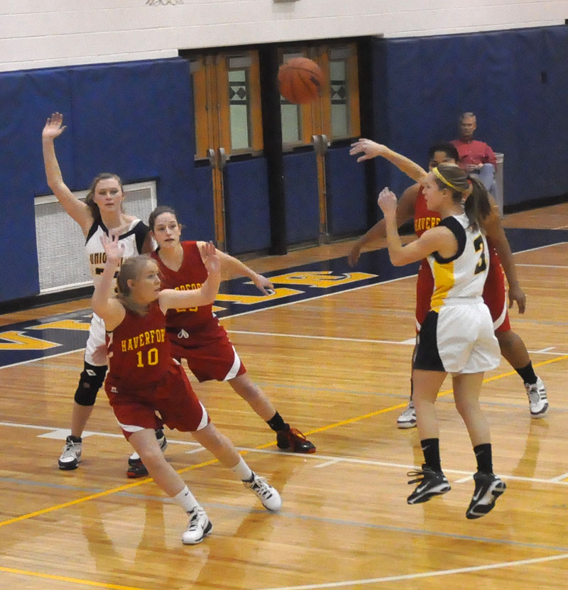 Girls Basketball State Playoffs Open For Handful Of: Unionville Girls' Hoops, Wrestlers Open Postseason